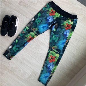 Reebok CrossFit reversible jungle leggings Large